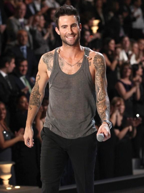Adam Levine (4)