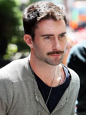 Adam Levine (6)